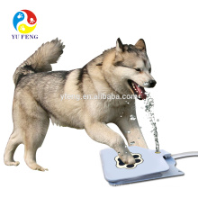 Factory wholesale New Dog Supplies Upgrade Pet Step Spray Dogs Dog Cat Paw Water Fountain Feeder Drinking Spring Pedal Pe