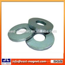 Kundenspezifische elektronische Produkte gesinterter Neodym-Ringmagnet / Nickel beschichteter Scheibenmagnet für Verkauf