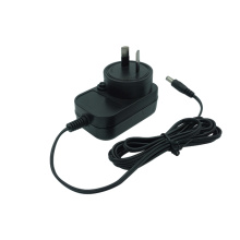 Adaptador de corriente intercambiable 12W 12V 1A
