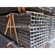 Schwarzes quadratisches Stahlhohlprofil
