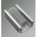 Couvercle en aluminium de radiateur de moulage mécanique sous pression pour la machine intégrée