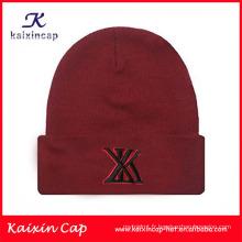 Chapeaux tissés par beanie d'étiquette tricotée par coutume de haute qualité d'hiver de beanie / beanie en gros avec le logo de broderie et labe tissée, logo