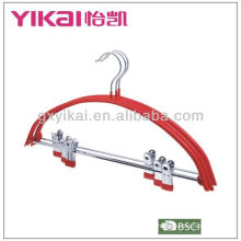 Cinturon en métal revêtu de PVC avec clips en métal