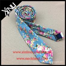 Lazo flaco hecho a mano del estampado floral del algodón del último diseño del fabricante de China para los hombres