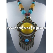 Handmade fashion beaded necklaces