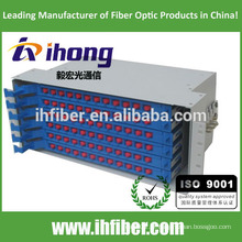 Quadro de distribuição de fibra óptica montado em rack