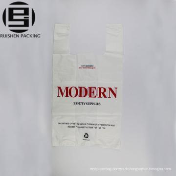 Modedesign weiß bedruckte T-Shirt Plastiktüte