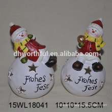 Attractive christmas decoration ceramic snowman with snowball