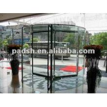 3-flügelige automatische Drehtür aus Glas