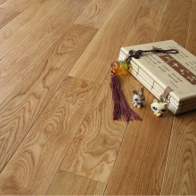 Rustic Pre-Finished Solid Oak Flooring Factory Price