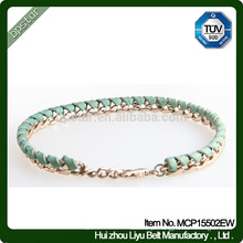 Bracelete de couro trançado real das senhoras do metal verde