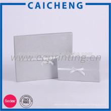 Boîtes-cadeau personnalisées avec noeud papillon imprimé