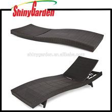 Patio-Möbel-Weidenpool im Freien Billiger Rattan-Chaiselongue-Stuhl in S-Form zuhause