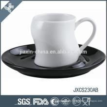 100CC Porzellan Kaffeetasse und Untertasse, farbige Tasse und Untertasse