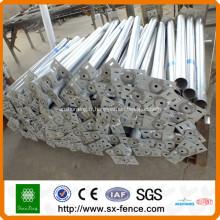 poteaux de clôture carrés en acier