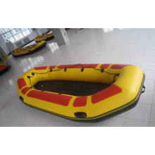 Barco, barco del ocio con ojo captura de canotaje inflable