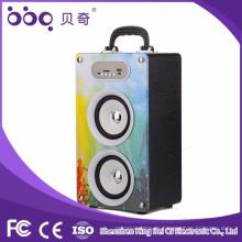 tragbarer Musikwürfel-Lautsprecher mit SD-Kartenslot