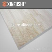 Irradiar pinheiro dedo madeira comum