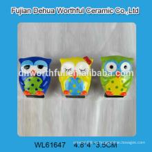 El búho más atractivo formó imanes de cerámica del refrigerador