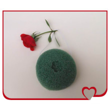 2014 Newest 100% Natural Vegetable Plant Green Tea Konjac Sponge for Skin Care and Face Cleansing