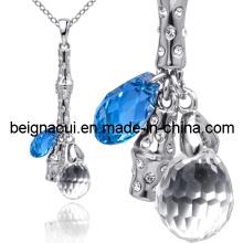Sw Elements Sapphire Color Magnetic Necklace