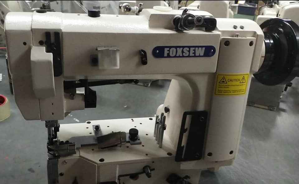 Singer 300u Chain Stitch Tape Edge Machines 2