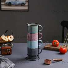Ensemble de 4 tasses empilables avec support en fil de fer