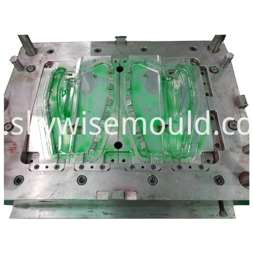 Automotive injection mold