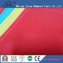 Tissu non-tissé de différentes couleurs de 100% pp pour des sacs à provisions / sacs de cadeaux