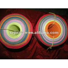 Cordón de papel con varios colores