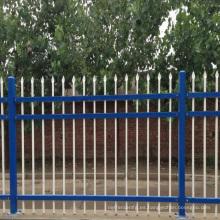 cerca superior angulosa horizontal de la cerca de aluminio