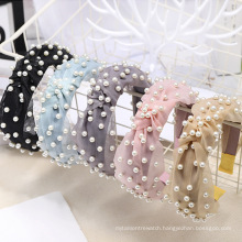 wholesale fashion fall winter european vintage pearl knotted hair band velvet head band for women
