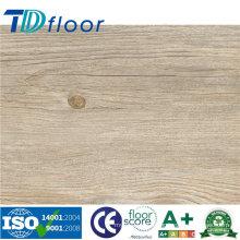 Plancher en plastique composé de PVC de vinyle de PVC de conception en bois de haute qualité