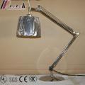 Doble Rocker Arm Bedside Hotel LED Lámpara de mesa de lectura de iluminación para el dormitorio