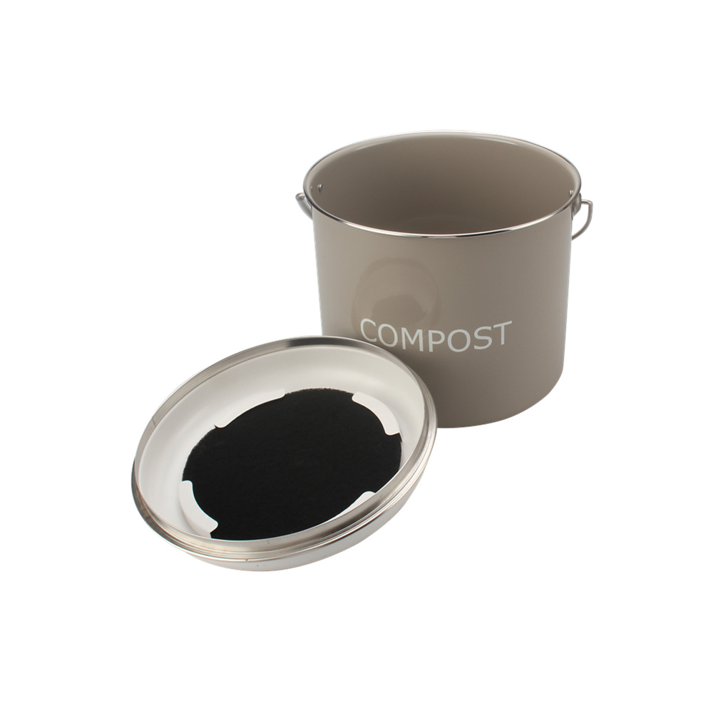 compost bin with filter