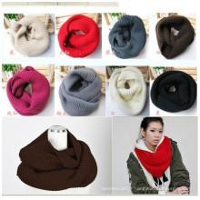 Pure Color Strip et Jacquard Custom Logo Promotion Cheap High Quality Export Acrylic Simple New Design Knit Scarf Factory Chine Echarpe