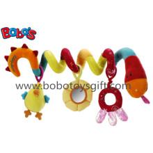 Brinquedos coloridos da cama de bebê da peluche que penduram brinquedos do carrinho de criança da peluche