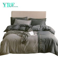 Wholesale Motel Color Matching Modern Style Polyester Bedding Set