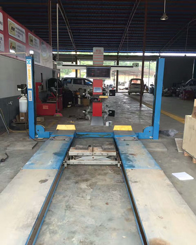 Full Automatic Wheel Alignment