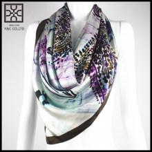 2015 New Design 100% Silk square scarf