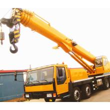 40 Tonnen LKW mit Kran