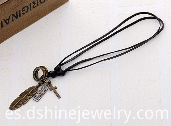 Men Alloy Cross Charm Leather Necklace