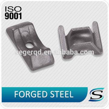 Piezas forjadas en caliente de acero con carbono y aleación