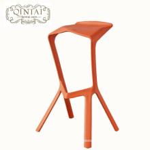 Creative modern plastic fashion bar stool