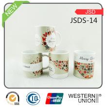 Les tasses de café de vente chaude de pierre de Christma peuvent Costomized