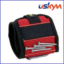 Magwear Magnetic Holder Wristband Red