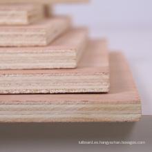Mejor precio Okoume / Bintangor / Sapele Commercial Plywood
