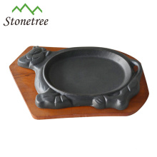 8.5'' Cow Shape Vegetable Oil Cast Iron Sizzling Pan With Base