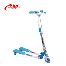 wholesale high quality child kick scooter/foot pedal kick scootr for kids/frog 3 wheel self balancing scooter with cheap price