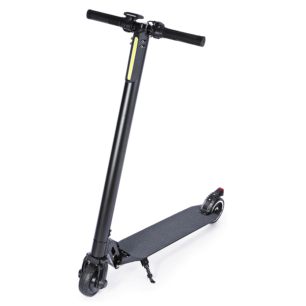 5.5 inch Carbon Fiber Black Color Electric Scooter